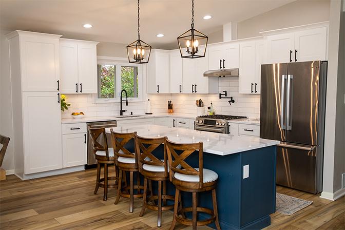 Kitchen Designed & Built by Holod's